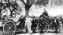 Karl Benz, his family and Liebieg in 1894