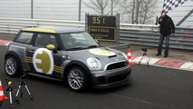 MINI E Race Laps Nurburgring in 09:51.45 [Video]