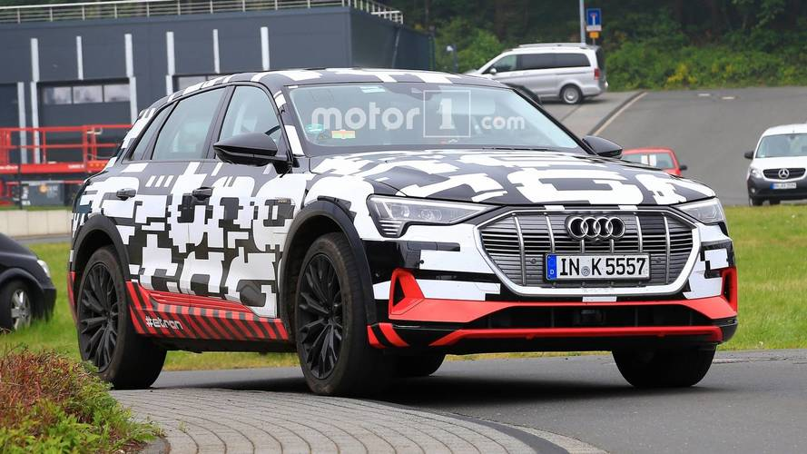 Audi E-Tron, yeni casus fotoğraflarında üretime hazır görünüyor