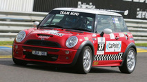 MINI Cooper S at Team Australia Speed Comparisons