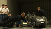 Nissan Deltawing experimental racecar in motion [videos]