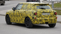 2014 MINI Cooper five-door spy photo 08.11.2012