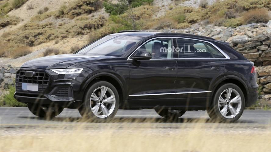 Szinte álca nélkül látható a tesztelés alatt álló Audi Q8