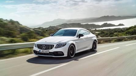 Mercedes-AMG C63, yeni ızgarası ile New York'ta