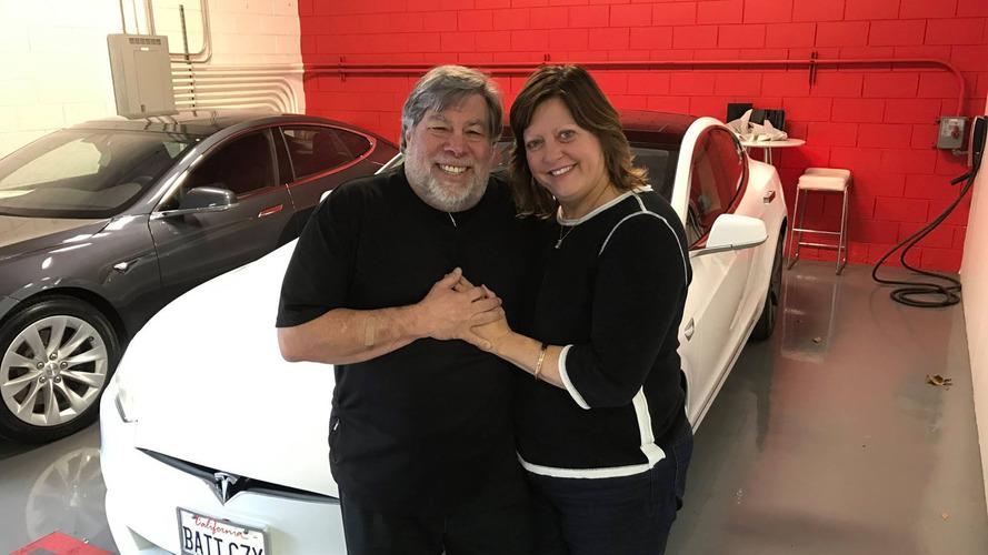 Apple'ın kurucularından Steve Wozniak bir  Tesla daha aldı