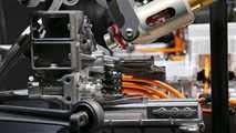 Mercedes-AMG Project One altyapı mimarisi