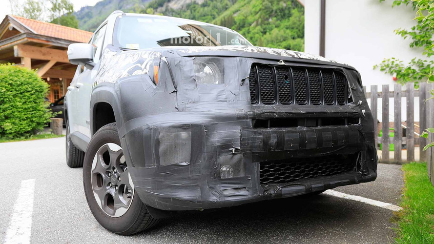 Jeep Renegade Yakın Çekim Casus Fotoğrafları
