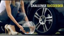 Vídeo: Novo Renault Twingo RS - Duas mulheres e um peixinho dourado
