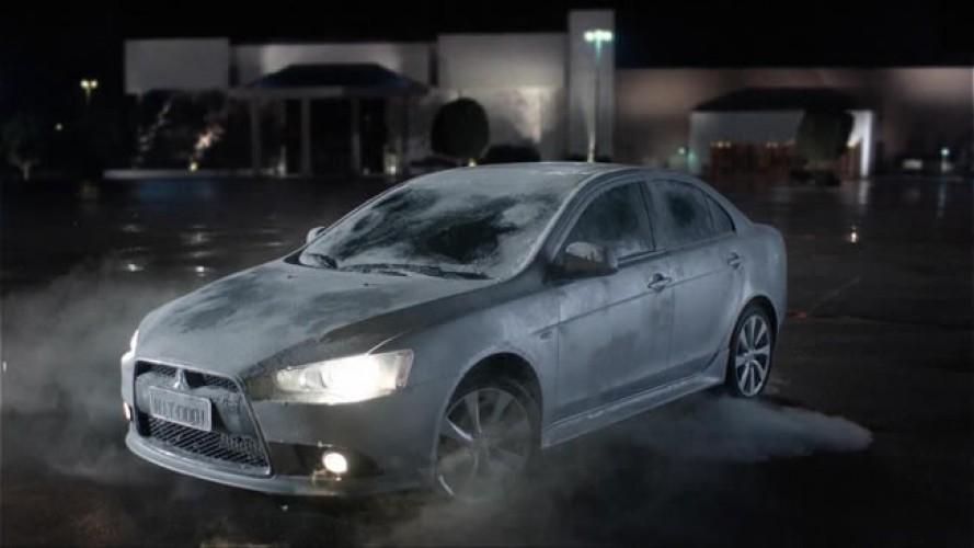 Vídeo: De volta para o futuro apresenta o Novo Mitsubishi Lancer Sedan