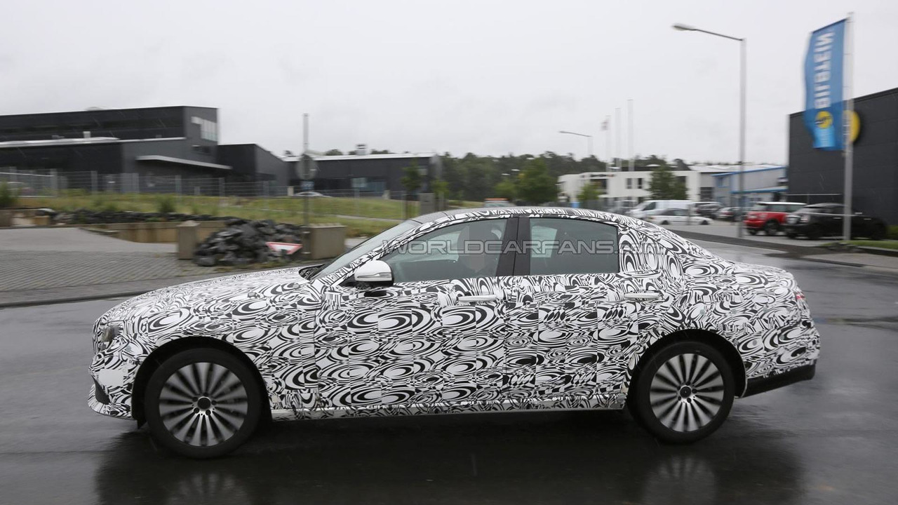 2016 Mercedes-Benz E-Class spy photo