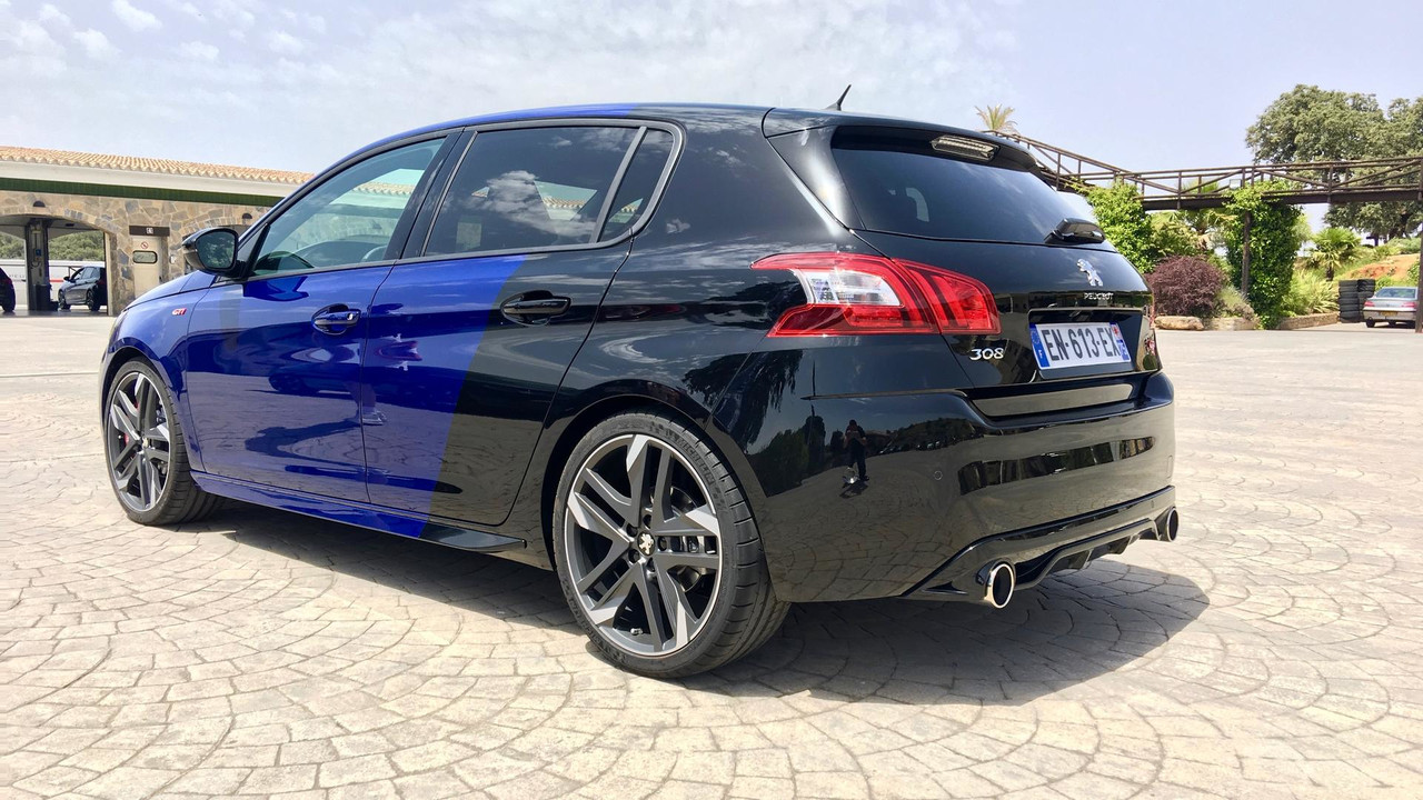 2018 peugeot 308 gti. unique 2018 2018 peugeot 308 gti and peugeot gti r