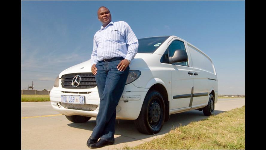 Im Leichenwagen eine Million Kilometer durch Afrika