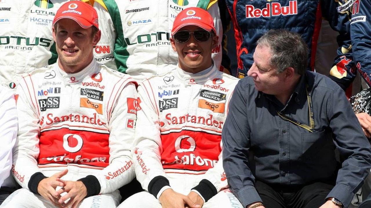 Jenson Button (GBR), Lewis Hamilton (GBR), Jean Todt (FRA), Bahrain Grand Prix, 14.03.2010 Sakhir, Bahrain