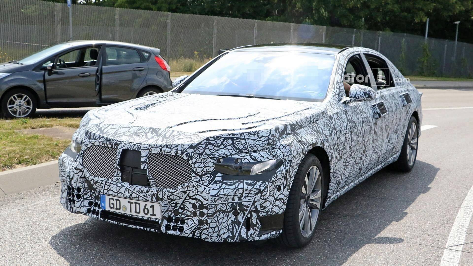 2020 - [Mercedes-Benz] Classe S - Page 2 2020-mercedes-s-class-spy-photo