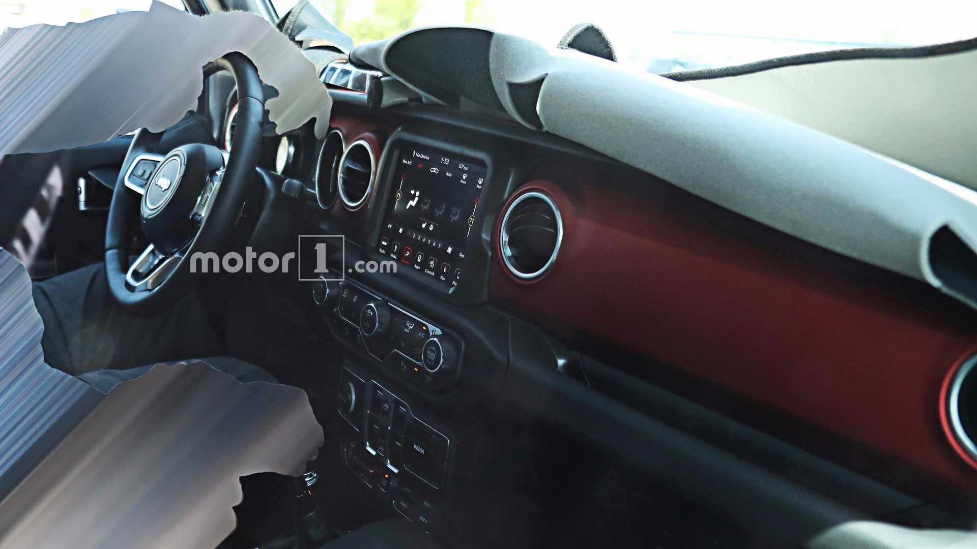 2018 Jeep Wrangler Interior Fully Revealed >> 2018 Jeep Wrangler's Interior Fully Revealed In New Spy Photos