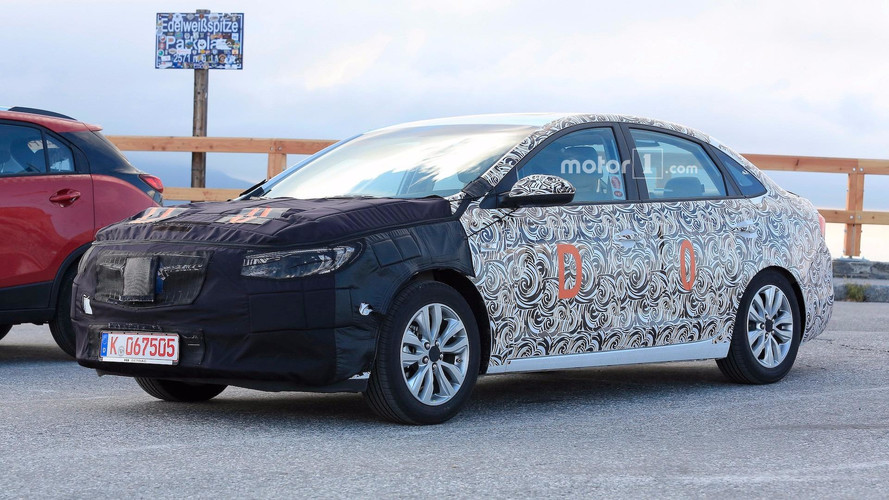 Buick Excelle GT Spied With Minor Facelift
