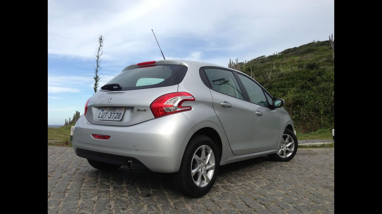 Tira-teima hatches 1.5: Ford New Fiesta SE ou Peugeot 208 Allure?