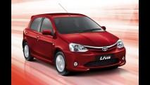 Toyota Etios Liva é lançado oficialmente na Índia pelo equivalente a R$ 14.200