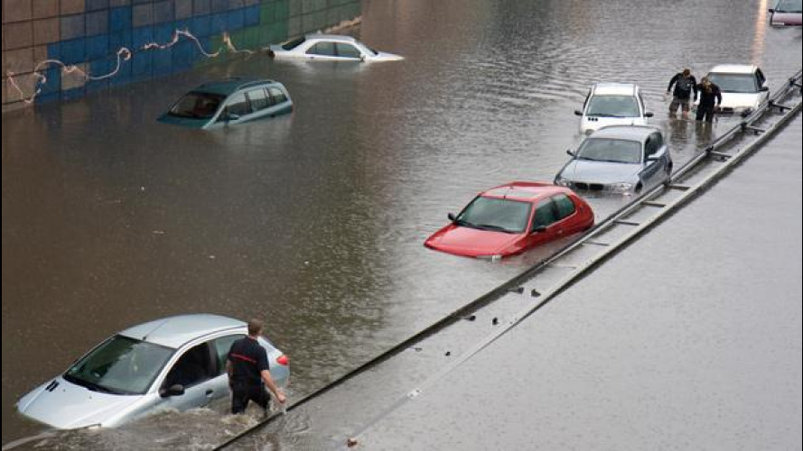 Meteo e maltempo, come farsi ripagare per l'auto danneggiata