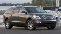 Tiger Woods Debuts New Buick Enclave