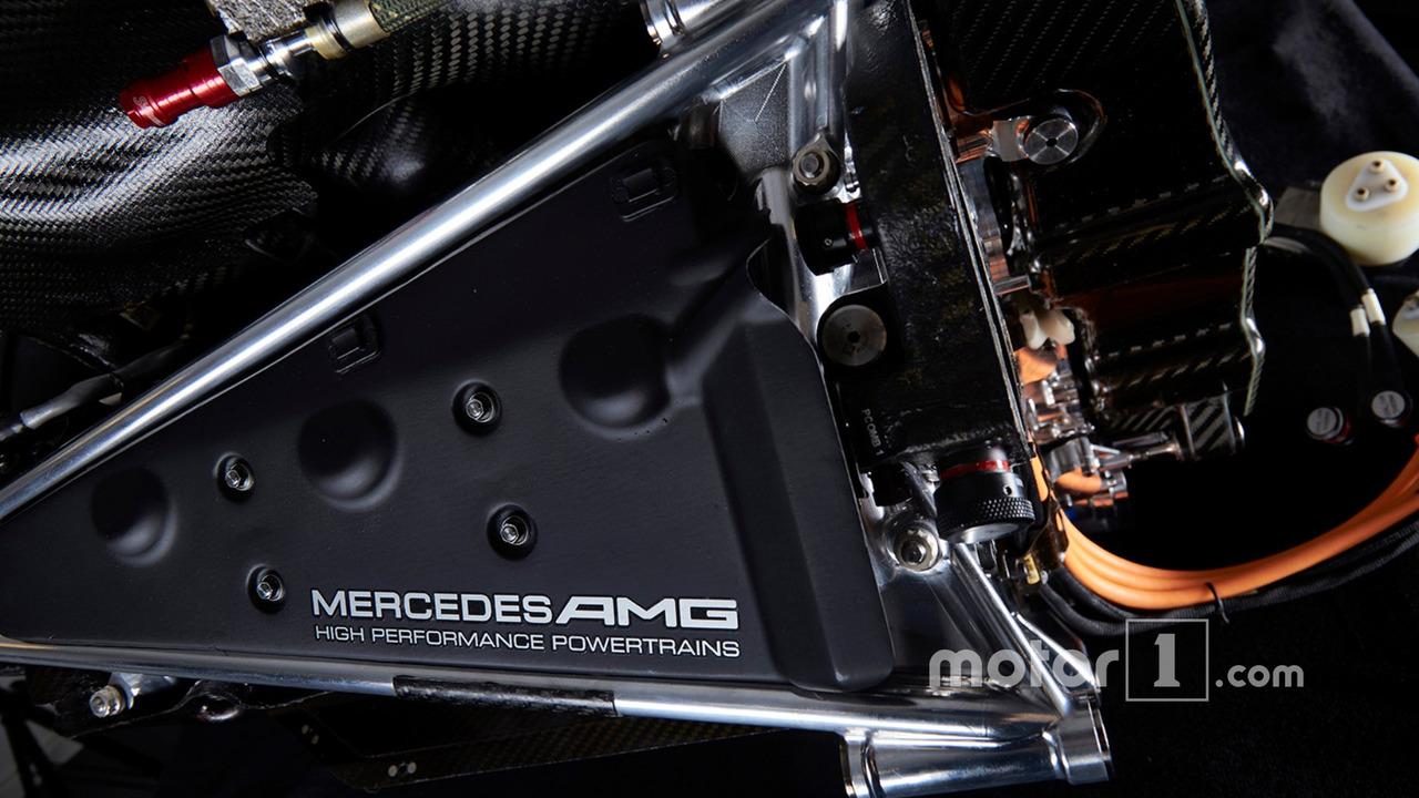 Mercedes AMG F1 W06 Mercedes PU106-Type Hybrid