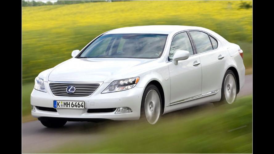 Mehr Kofferraum für die Lexus-Limousinen GS und LS