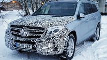 2016 Mercedes-Benz GLS spy photo