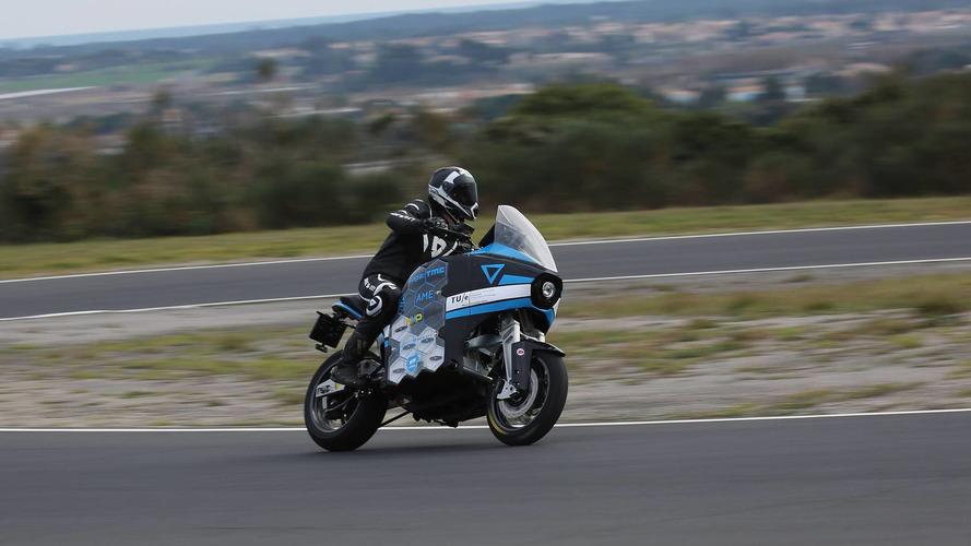 Elektrikli motosiklet takımı 80 günde dünyayı dolaşmayı hedefliyor
