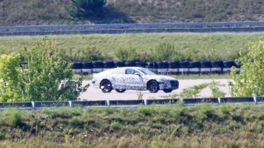 2018 Audi A7 Sportback spied from afar