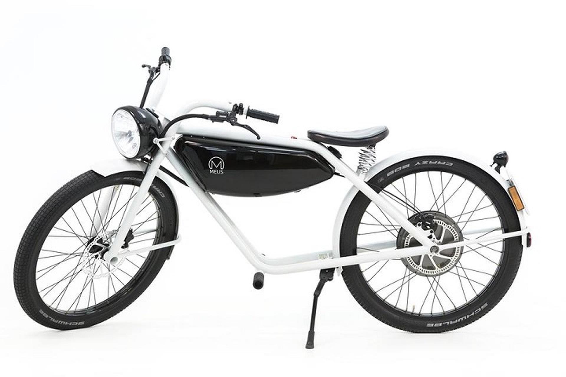 The Meijs Motorman is One Beautiful Electric Moped