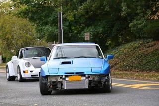 Devon's Blistering Blue '88 Porsche 944 Turbo: Your Ride