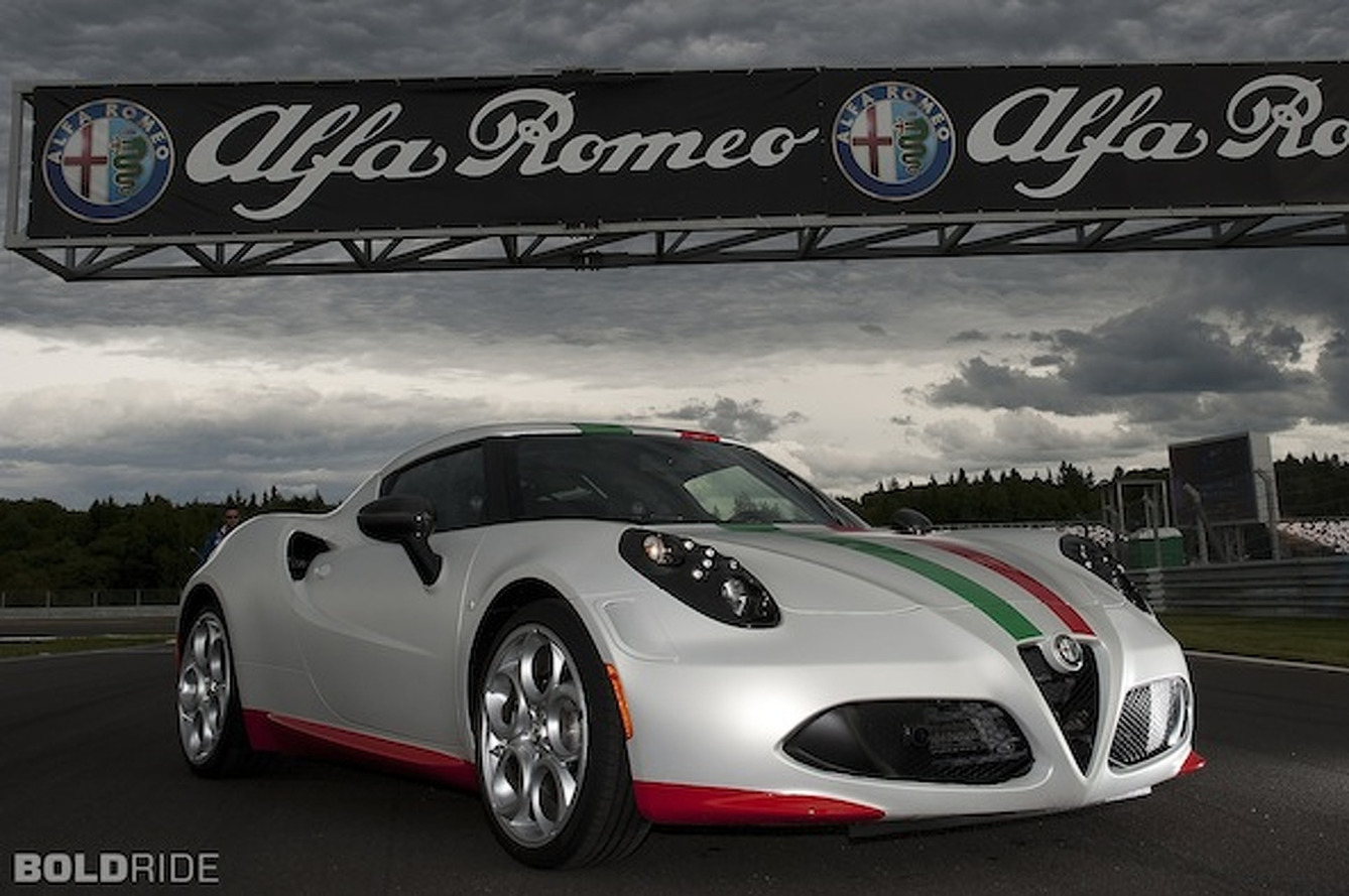 Alfa Romeo Shows Off All New 4C Safety Car