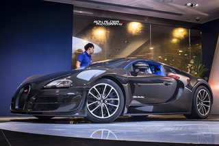 Bugatti Veyron Super Sport Merveilleux Shows Up In Hong Kong