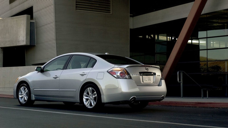 Nissan Altima Hybrid gets axed