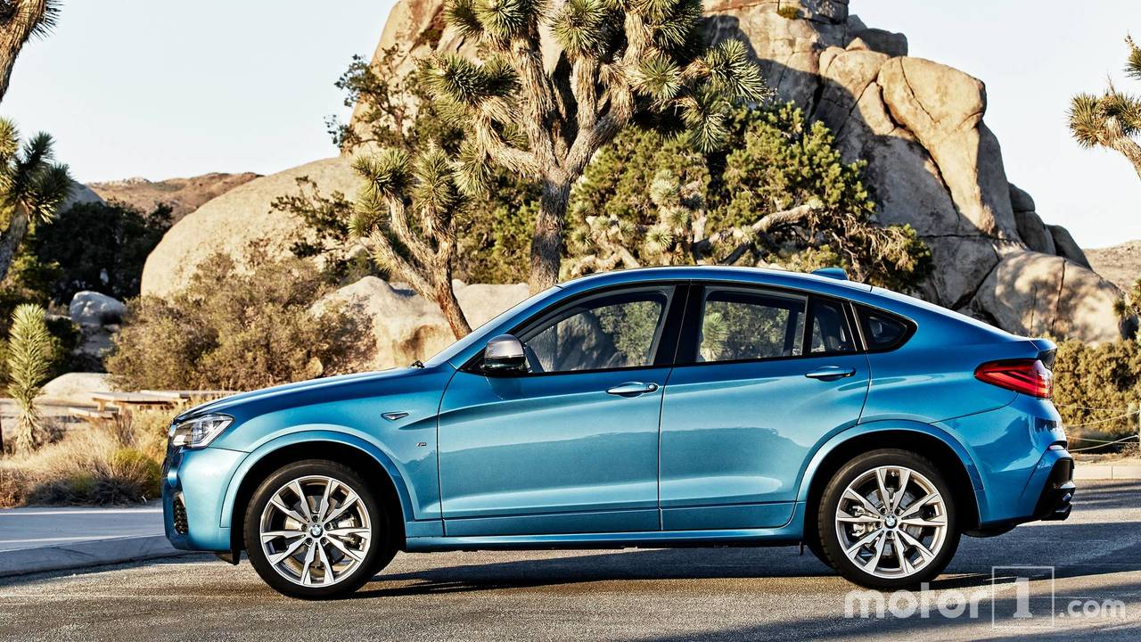 2019 bmw x4 see the changes side by side. Black Bedroom Furniture Sets. Home Design Ideas