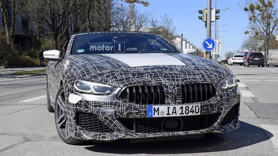 BMW Série 8 - Flagra das versões cupê e conversível