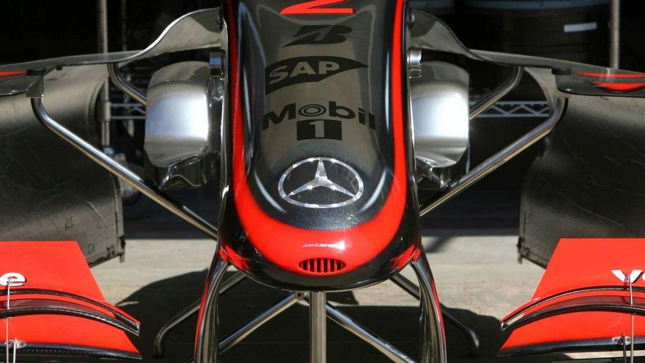 McLaren Mercedes MP4-24 front wing detail, European Grand Prix, Valencia, Spain, 20.08.2009