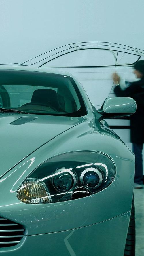 RUMORS: Mercedes Wants to Buy Aston Martin!