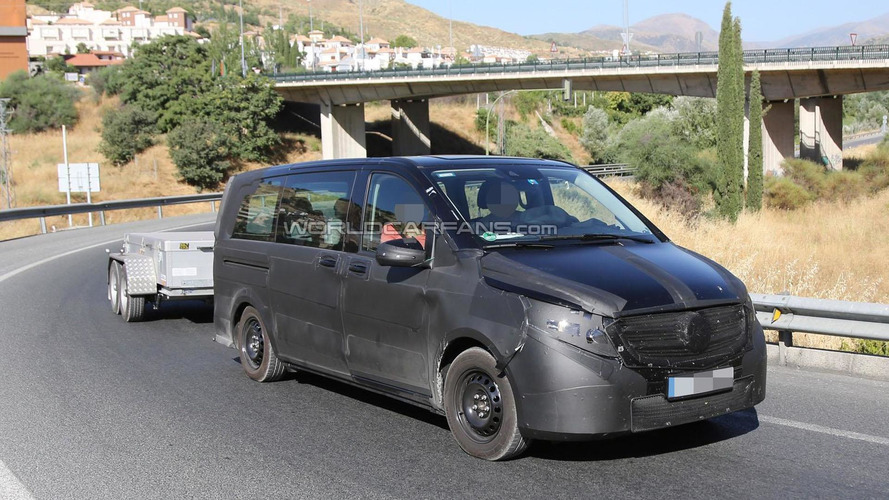 2014 Mercedes Viano spied in southern Europe