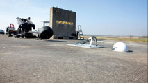 FIA tests forward roll-hoop for F1 cars, 1000, 26.04.2012