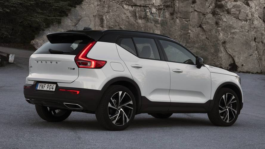 2019 volvo xc40 first drive affordable luxury done right. Black Bedroom Furniture Sets. Home Design Ideas