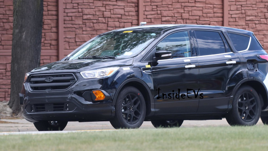 Ford Escape Energi Shows Its Plug-In Charging Port In Spy Shots