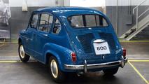 SEAT 600 y Mii by Cosmopolitan