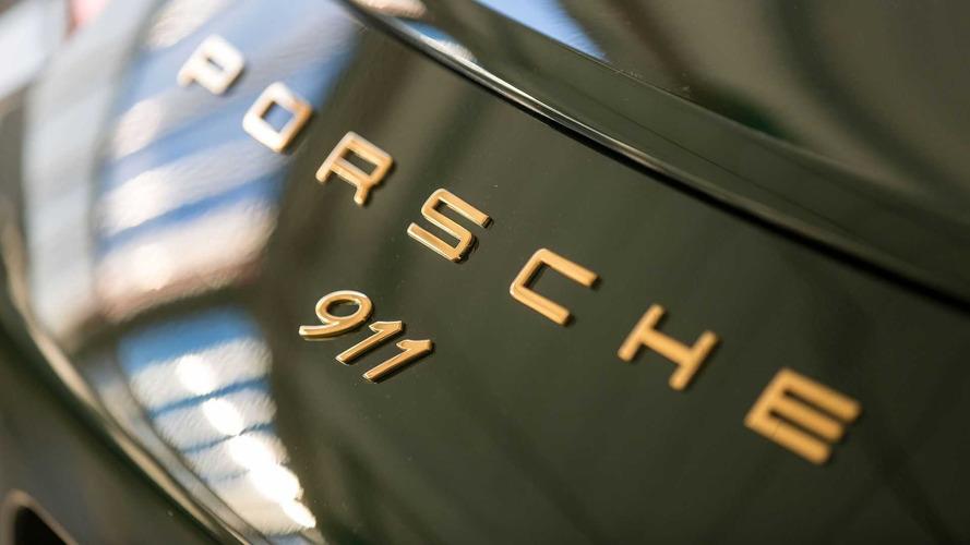 Porsche 911 Plug-In Hybrid'in gelişimi 2016'da durdurulmuş
