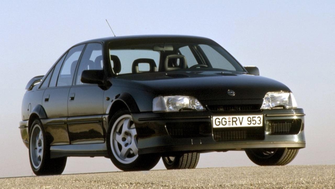 Opel Lotus Omega / Lotus Carlton (1990 - 1993)