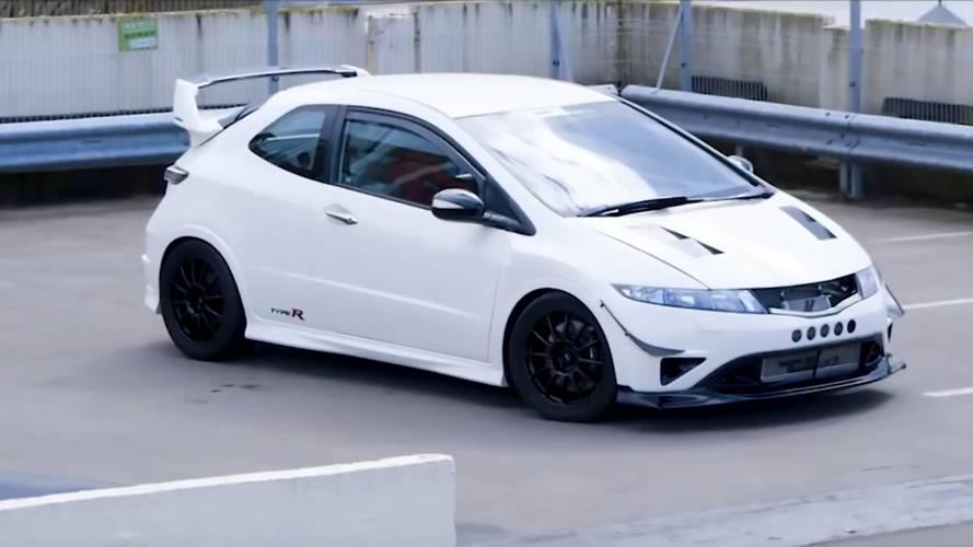Aventador SV ile aynı güçteki Civic Type R'ı görmüş müydünüz?