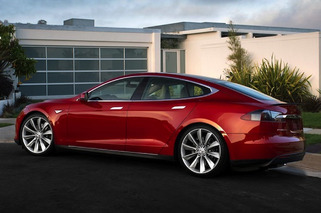 Tesla Model E Readying for its 2015 Detroit Auto Show Debut