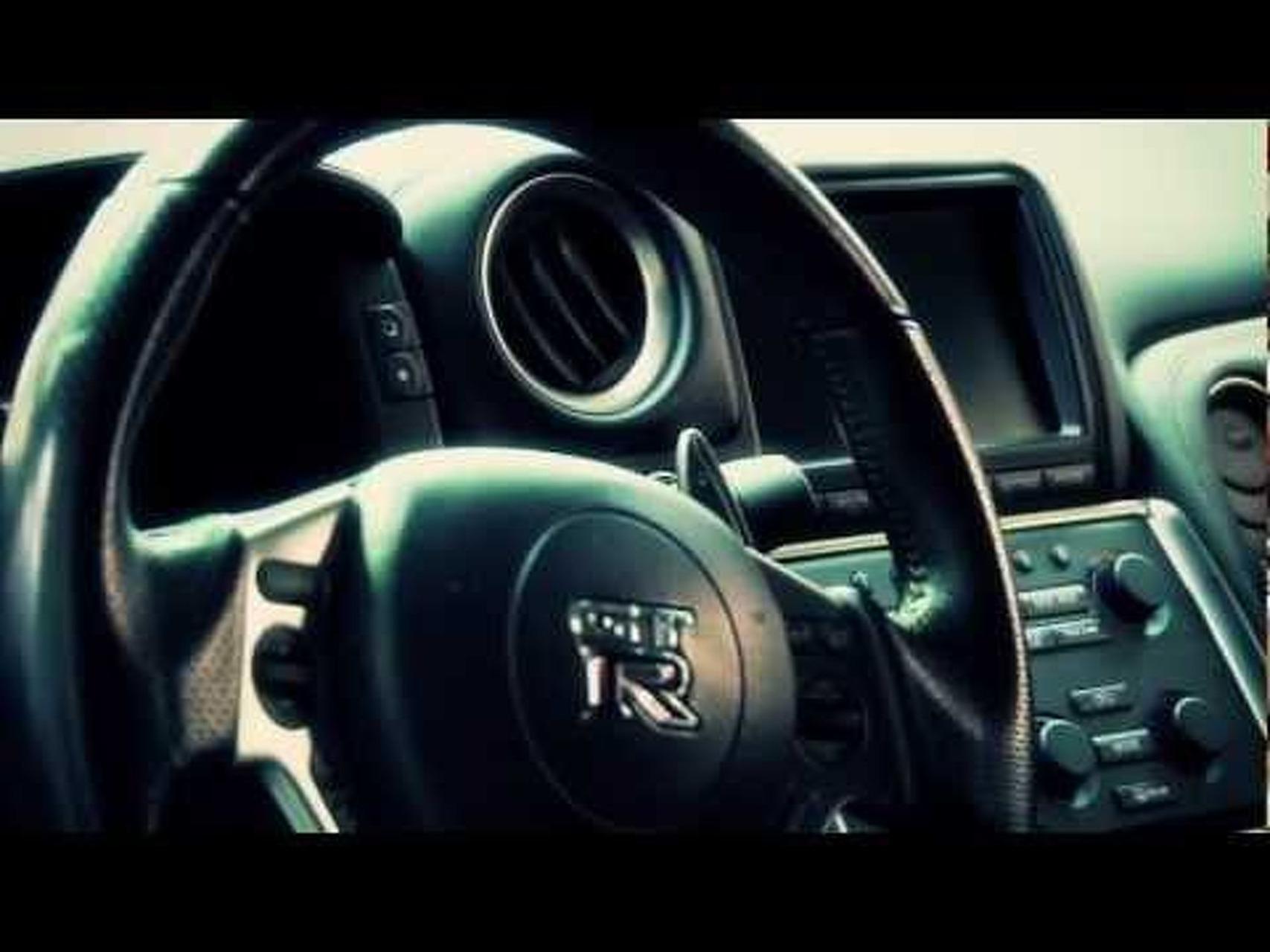 2011 Nissan Juke-R Concept - Handling