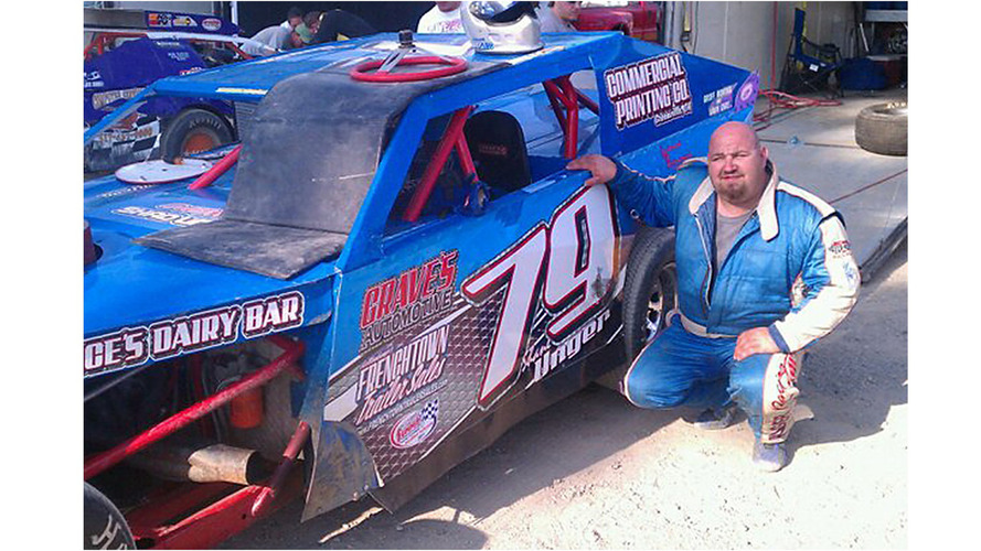 Dirt Late Model racer dies from injuries sustained at Eldora