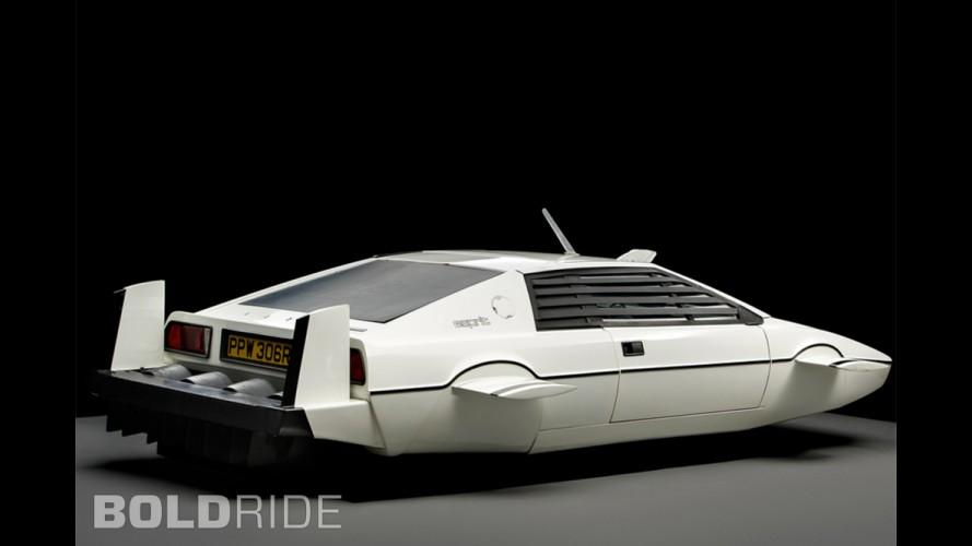 Lotus Esprit James Bond Submarine